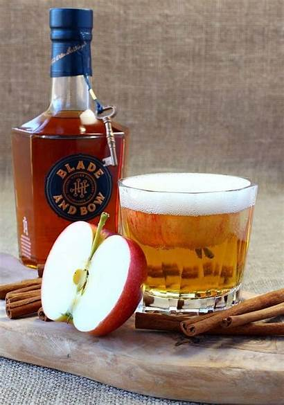Bourbon Apple Cocktail Drink Feature Mantitlement Recipes
