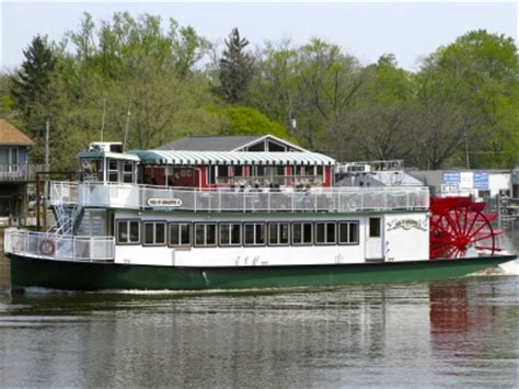 Duck Boat Tours Saugatuck Mi by Attractions Activities And Fun Things To Do Near Lake