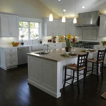 White Kitchen Cabinets Dark Wood Floors Design Ideas