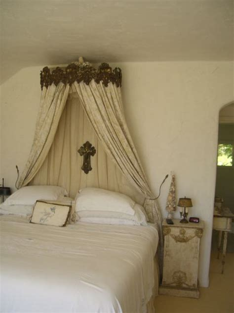 creative bed crowns kerala home design floor plans houses