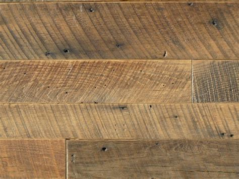 22 Reasons Why You Should Try Barn Wood Flooring For Your