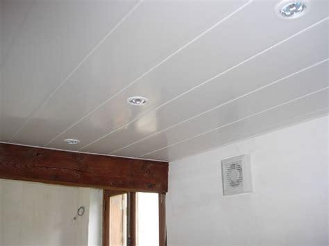 plafond pvc cuisine pose lambris pvc plafond sur rail 28 images pose placo