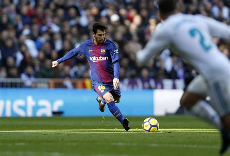 Lionel Messi: Top 5 Facts About the Living Football Legend ...