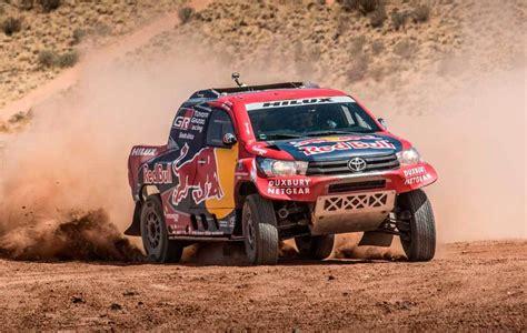 El Toyota Hilux 4x4 oficial para el Dakar 2017 ya luce sus ...