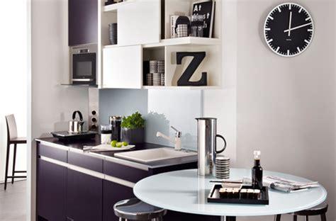 cuisine moderne noir et blanc le noir et blanc dans la cuisine c 39 est moderne darty vous