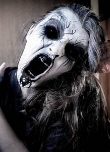 30 Scary Halloween Makeup Ideas For You To Try - Instaloverz