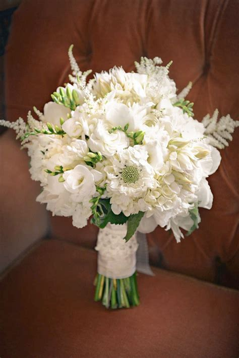 white wedding bouquets inspiration white wedding