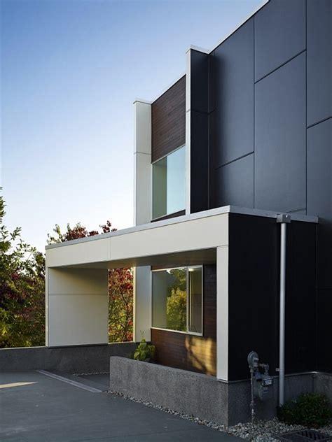 modern house  fancy backyard  shed architects