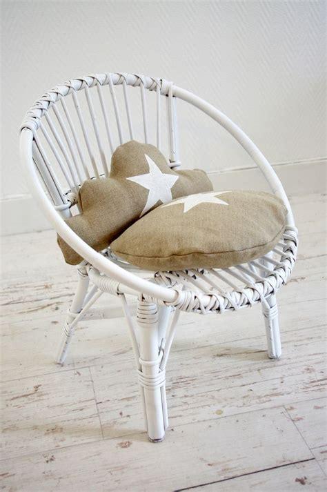 chaise en osier blanc les 25 meilleures idées de la catégorie meubles en osier