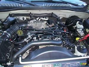 2004 Mercury Mountaineer V8 Awd 4 6 Liter Sohc 16 Valve V8
