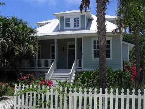 Old Florida Style Architecture