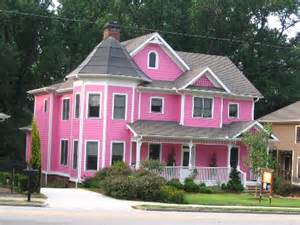 Pink House Photo by As Mellenc Sang Big Pink House For