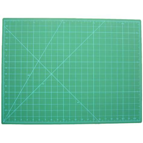 rotary cutting mat sew simple rotary cutting mat 17 inch x 23 inch