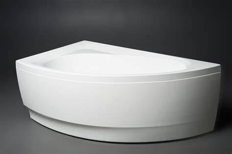 Acrylic Bathtub by Aquatica Idea R Wht Corner Acrylic Bathtub