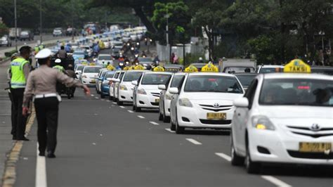 Uber Launches Car Pooling Services In Mumbai, Hyderabad