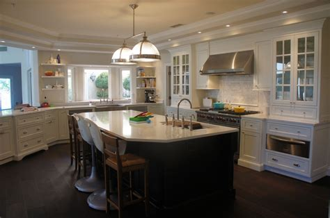 soft white kitchen cabinets soft white shiloh beaded inset cabinetry shiloh inset 5591