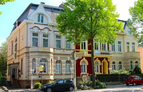 Hotels Und Übernachtungen Am Freizeitpark Rheinaue