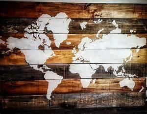 Carte Du Monde Design : des superbes cartes du monde compos es de 7 planches de bois joli joli design ~ Teatrodelosmanantiales.com Idées de Décoration