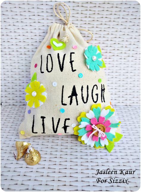 decorating  canvas bag jkaur daily inspiration