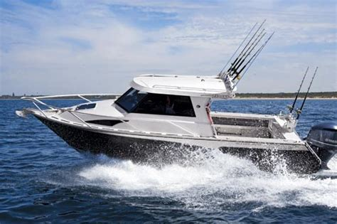 white pointer  sports hardtop fishing boat review