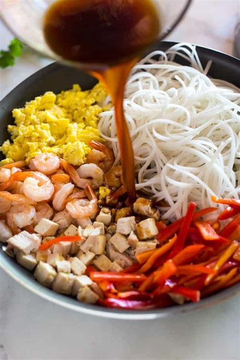 easy homemade pad thai tastes   scratch