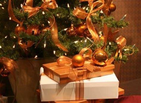 most popular christmas decorations lovetoknow