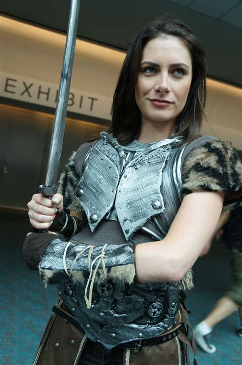 Lydia The Elder Scrolls Skyrim I Bet Everyone Kept Yelling Get Out Of The Effin Way Lydia
