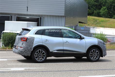 2019 Renault Kadjar by 2019 Renault Kadjar Facelift Spied With New Front End