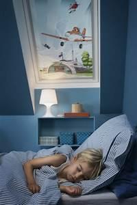 Rollos Für Kinderzimmer : g nstige velux rollos f r dachfenster ~ Indierocktalk.com Haus und Dekorationen