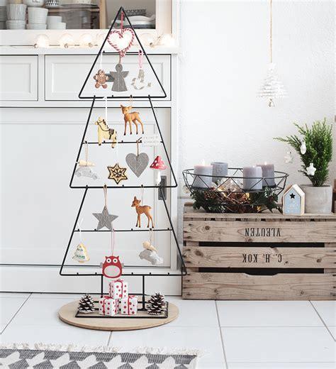 Deko Baum Metall Weihnachten by Butterpl 228 Zchen Rezept Mit Anleitung F 252 R Bunten Zuckerguss