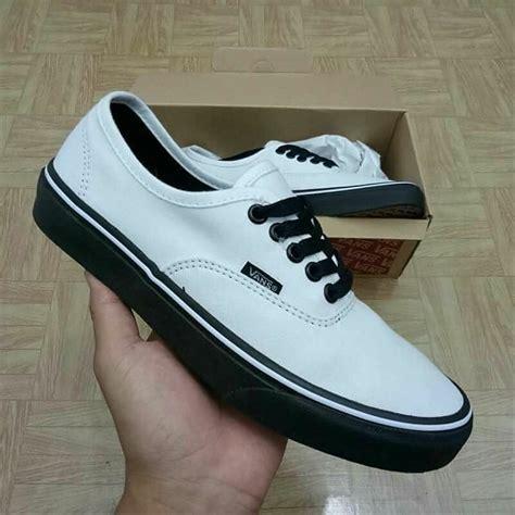 jual sepatu vans authentic putih hitam black white putih