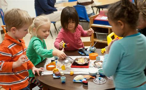 Early Childhood Education Center Home  Bayh College Of