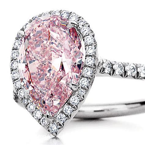 pink diamond wedding ring tiffany tiffany 2 million pink diamond ring goes to the heart of