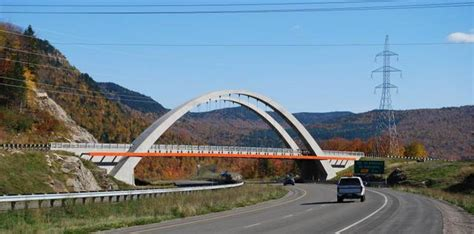architecture moderne au qu 233 bec et ailleurs un pont qui a de la gueule