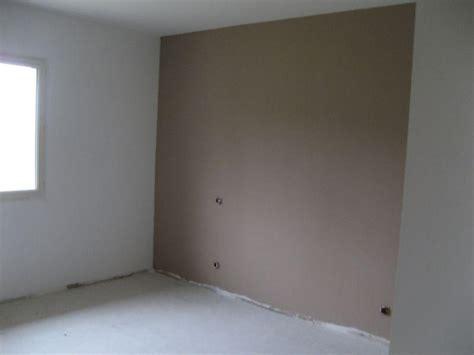 comment bien choisir la peinture pour peindre sa maison