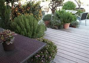 Ideen Gartengestaltung Hang : holzterrasse am hang es entsteht eine interessante stufenterrasse terrassengestaltung ideen ~ Markanthonyermac.com Haus und Dekorationen