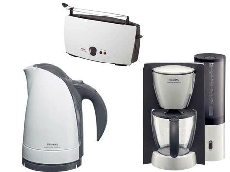 kaffeemaschine toaster wasserkocher set siemens fr 252 hst 252 cks set wei 223 wasserkocher kaffeemaschine