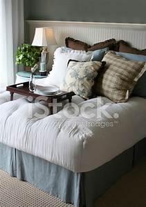 Petit Dejeuner Au Lit : petit d jeuner au lit photos ~ Melissatoandfro.com Idées de Décoration