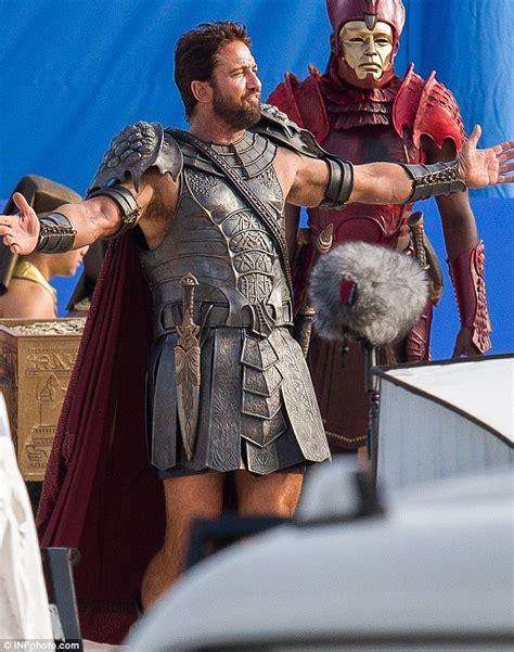Gerard Butler Dons Roman Skirt To Film Gods Of Egypt