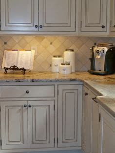 picture tiles for kitchens 1000 images about tile ideas on caledonia 4195