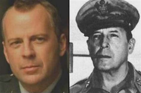 bruce willis  general douglas macarthurto