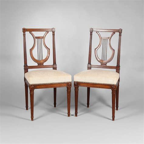 chaise louis 16 paire de chaises en acajou à dossier lyre époque louis
