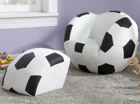 fauteuil et pouf pour enfant en simili footy noir et blanc
