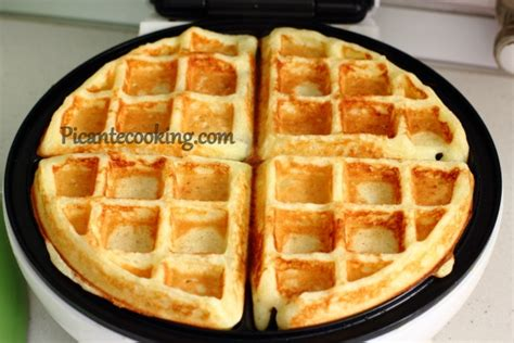 cottage cheese waffles вафлі з домашнім сиром picantecooking