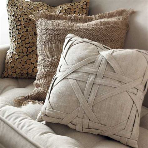 decorative pillow ideas for sofa 20 creative decorative pillows craft ideas playing with