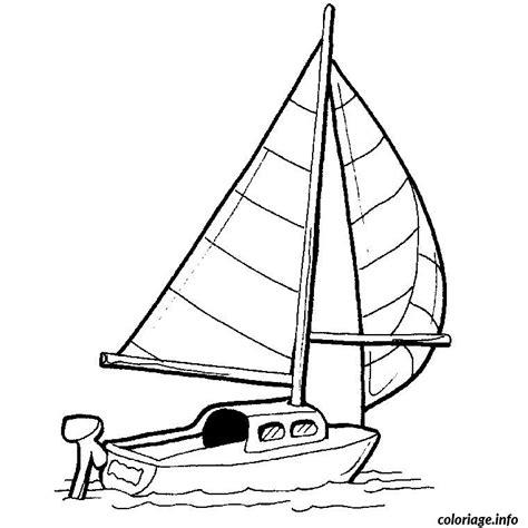 Dessin A Imprimer Bateau De Course coloriage bateau de course jecolorie