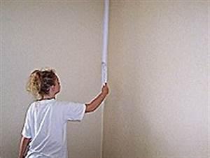 Verputzte Wand Streichen : hochwertige baustoffe verputzte wand malen ~ Frokenaadalensverden.com Haus und Dekorationen