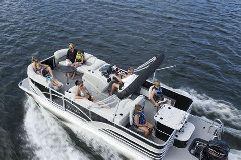 Sylvan Pontoon Boats Bc 2017 atl boat show inside sylvan pontoons carefree boat