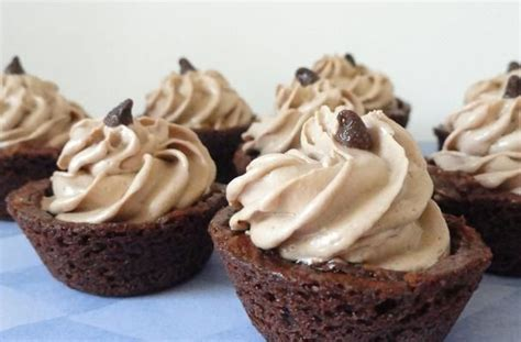 pered chef easy accent decorator cupcakes 25 best ideas about tuxedo cupcakes on