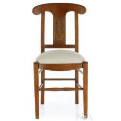 chaise bois et tissu chaise ancienne bois et tissu vase de fleurs saulaie